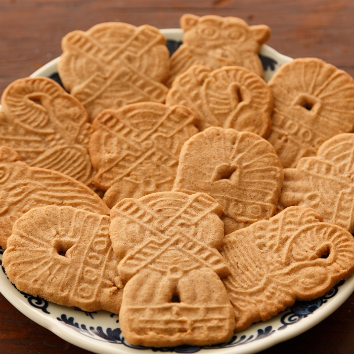 ... » Cookies » Assorted Cookies » St. Nick Cookies (12) [Speculaas
